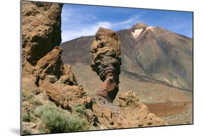 Roques Chinchado, Parque Nacional Del Teide, Tenerife, Canary Islands, 2007-Peter Thompson-Mounted Photographic Print