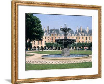 Place Des Vosges, Paris, France-Peter Thompson-Framed Photographic Print
