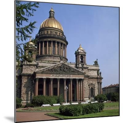 St Isaacs Cathedral in St Petersburg-CM Dixon-Mounted Photographic Print