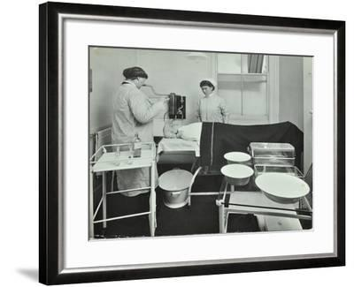 Operating Room, Fulham School Treatment Centre, London, 1914--Framed Photographic Print