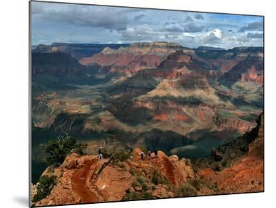 Tourists Hike Along the South Rim of the Grand Canyon--Mounted Photographic Print