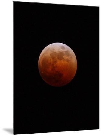 Lunar Eclipse-Alan Diaz-Mounted Photographic Print