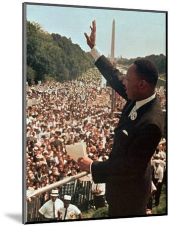 Martin Luther King Jr.-Associated Press-Mounted Photographic Print