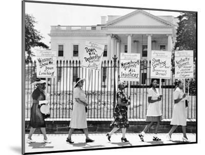 Parade Past the White House--Mounted Photographic Print