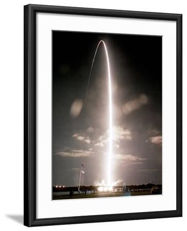 Space Shuttle-Paul Kizzle-Framed Photographic Print