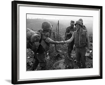 Vietnam Marines 1st Cavalry 1968-Holloway-Framed Photographic Print