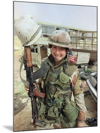 Saudi Arabia Army U.S. Troops Women Tanya Brinkley-David Longstreath-Mounted Photographic Print