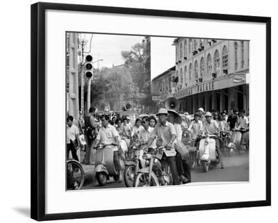 Saigon Curfew 1975-Nick Ut-Framed Photographic Print