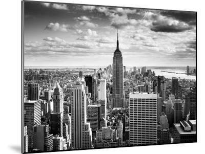 NYC Downtown-Nina Papiorek-Mounted Photographic Print