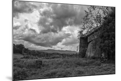 Mayberry Barn 2 BW-Bob Rouse-Mounted Photographic Print