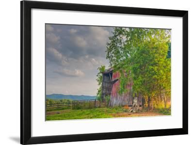 Mayberry Barn-Bob Rouse-Framed Photographic Print
