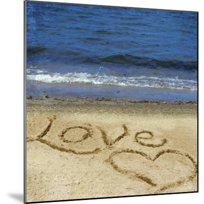 Love in the Sand-Kimberly Glover-Mounted Photographic Print