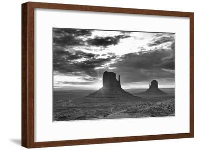 Monument Valley 03-Gordon Semmens-Framed Photographic Print