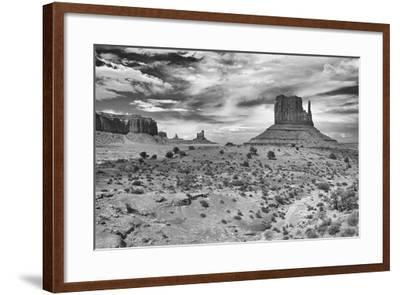 Monument Valley 05-Gordon Semmens-Framed Photographic Print