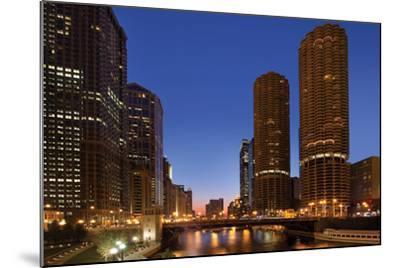 Chicago River Dusk I-Larry Malvin-Mounted Photographic Print