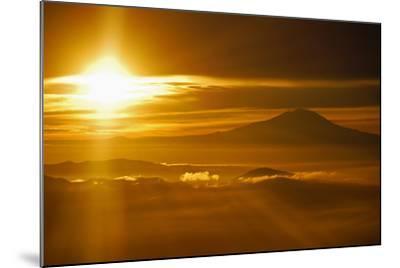 Rainier Sunset I-Brian Kidd-Mounted Photographic Print