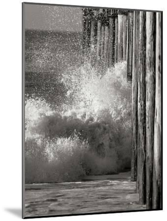 Wave 7-Lee Peterson-Mounted Photographic Print