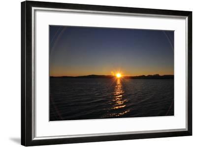 Water Sundown II-Logan Thomas-Framed Photographic Print
