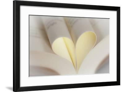 Love Reading II-Kathy Mahan-Framed Photographic Print