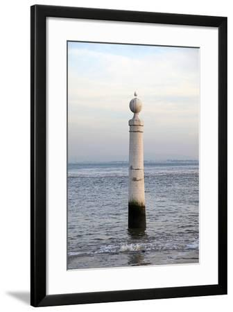 5198-F15- txakel-Framed Photographic Print