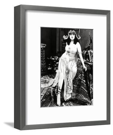 "Theda Bara. ""Cleopatra"" 1917, Directed by J. Gordon Edwards--Framed Photographic Print"