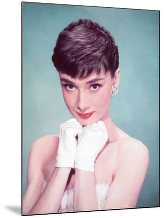 Audrey Hepburn, 1954--Mounted Photographic Print