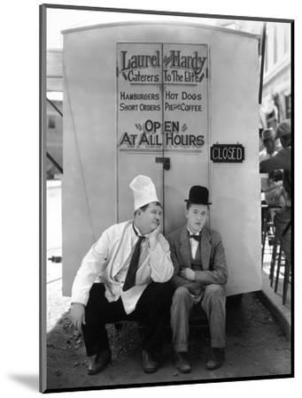 Oliver Hardy, Stan Laurel, Pack Up Your Troubles, 1932--Mounted Photographic Print