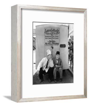 Oliver Hardy, Stan Laurel, Pack Up Your Troubles, 1932--Framed Photographic Print