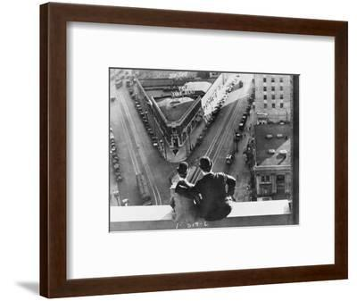 Oliver Hardy, Stan Laurel, Liberty, 1929--Framed Photographic Print