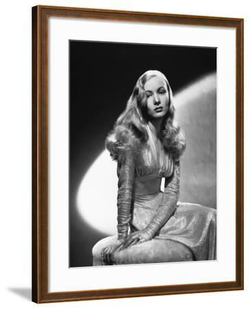 Veronica Lake, This Gun for Hire, 1942--Framed Photographic Print