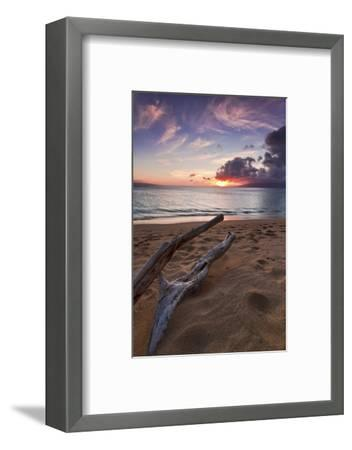 The Sun Setting over the Ocean on North Kaanapali Beach in Maui, Hawaii-Clint Losee-Framed Photographic Print