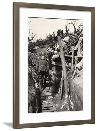 Italian Soldiers in a Trench of Podgora During World War I-Ugo Ojetti-Framed Photographic Print