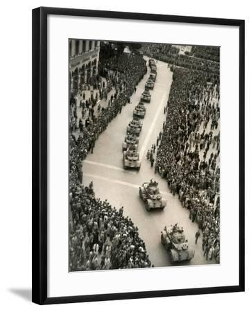 Parade of Italian Military Units in the Piazza Venezia, Rome-Luigi Leoni-Framed Photographic Print