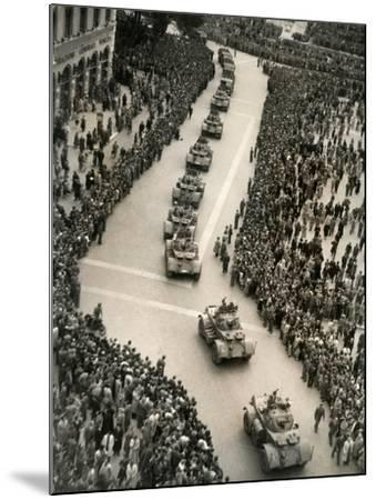 Parade of Italian Military Units in the Piazza Venezia, Rome-Luigi Leoni-Mounted Photographic Print