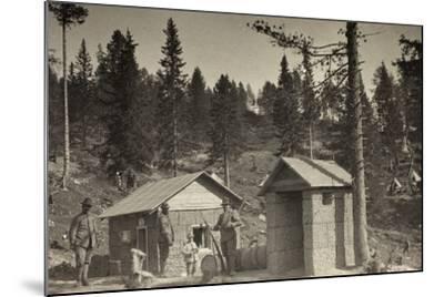 World War I: Place Phone--Mounted Photographic Print