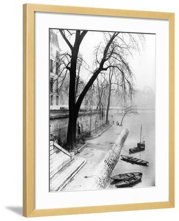 Along the Seine in Paris-Dusan Stanimirovitch-Framed Photographic Print
