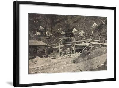 World War I: Vallone Tofana, Building a Barracks--Framed Photographic Print