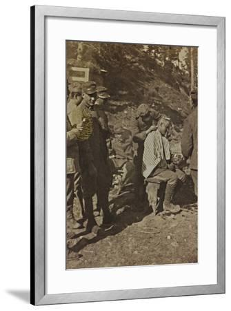 World War I: Italian Soldiers During the Shaving of the Hair--Framed Photographic Print