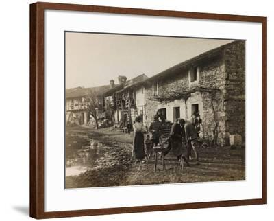 WWI: Visit to the City of the Marquise Medeuzza--Framed Photographic Print