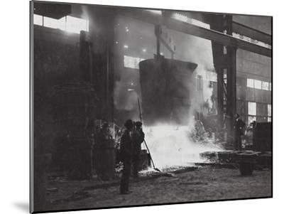 First World War: Foundry Italian Army--Mounted Photographic Print