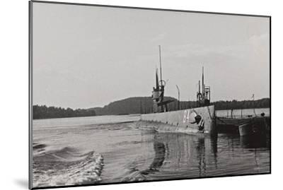 First World War: Naval Vessel Along the Dock of Ostend--Mounted Photographic Print
