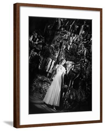 The Lady from Shanghai, 1947--Framed Photographic Print