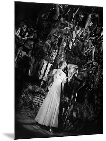 The Lady from Shanghai, 1947--Mounted Photographic Print