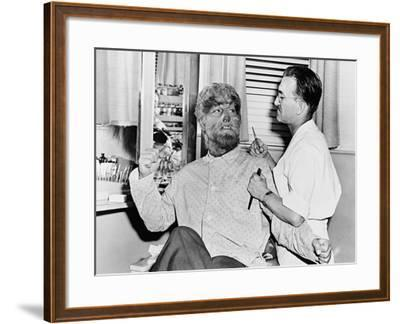 Frankenstein Meets the Wolf Man, 1943--Framed Photographic Print
