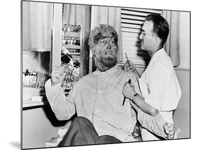 Frankenstein Meets the Wolf Man, 1943--Mounted Photographic Print