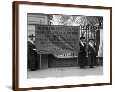 White House: Suffragettes--Framed Photographic Print