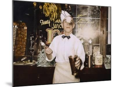 Soda Jerk, 1939-Russell Lee-Mounted Photographic Print