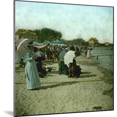 View of the Beach, Le Pouliguen (Loire-Atlantique, France), around 1900-Leon, Levy et Fils-Mounted Photographic Print