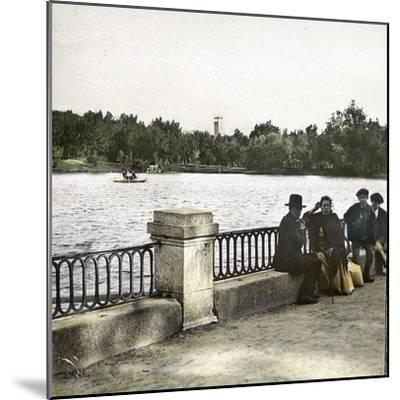 Madrid (Spain), Pond in Buen Retiro-Leon, Levy et Fils-Mounted Photographic Print