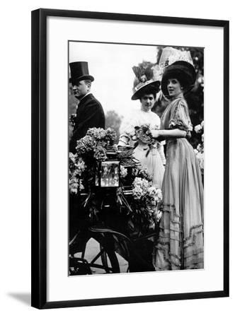 Middle-Class, Corso de Neuilly-Brothers Seeberger-Framed Photographic Print
